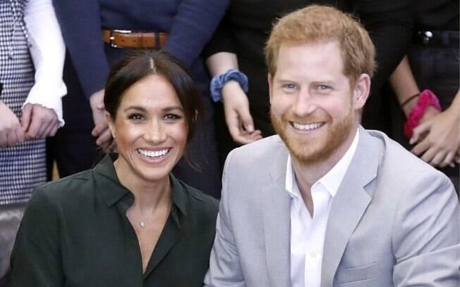 Príncipe Harry e Meghan Markle estão emocionados com a chegada do bebê