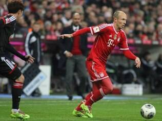 O meia holandês tem contrato com o Bayern até 2016