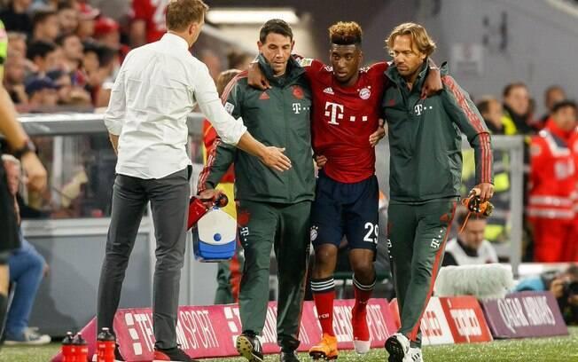 O francês Kingsley Coman disse estar cansado das lesões e cogita abandonar o futebol
