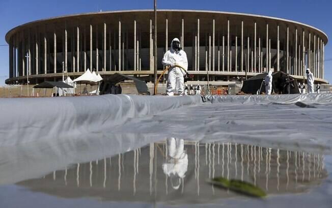 Obras no estádio Mané Garrincha foram