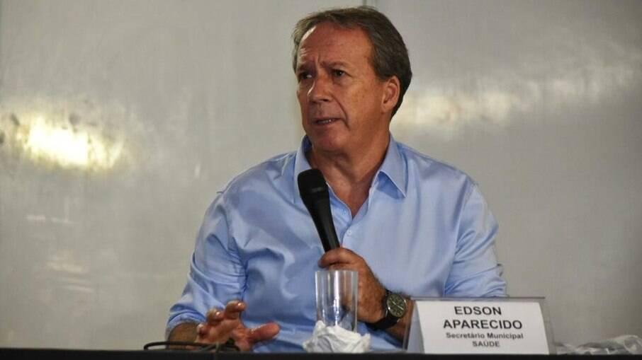 Edson Aparecido, secretário de Saúde de São Paulo, diz que a vacinação poderá permitir com que os alunos voltem as escolas