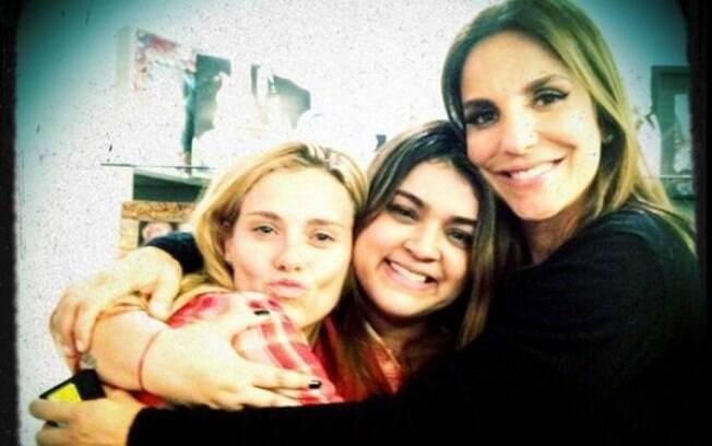 Preta Gil posou com Carolina Dieckmann e Ivete Sangalo