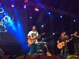Noite de sábado (14), em Recife, contou com shows dos artistas de Natiruts, Titãs e Gaby Amarantos