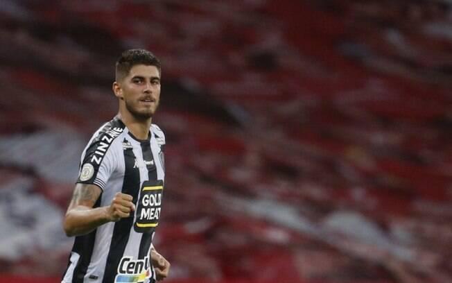 Kashiwa supera Corinthians, formaliza proposta em dinheiro e contrata Pedro Raul, do Botafogo