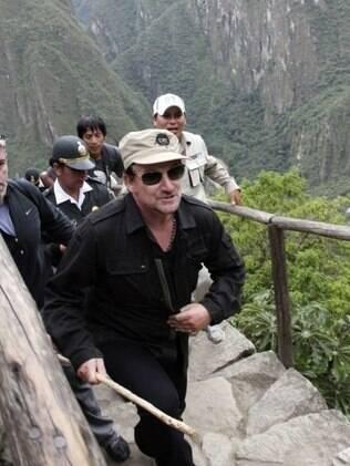 Bono Vox não conseguiu fugir do assédio em visita a Machu Picchu