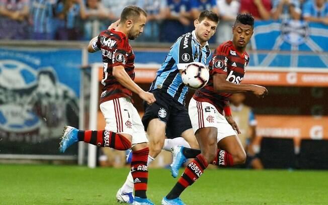 Flamengo e Grêmio se enfrentam no Maracanã nesta quarta-feira (19)