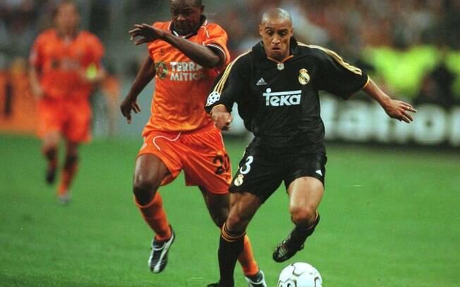 Primeira final da Liga dos Campeões com dois  times do mesmo país aconteceu em 2000, entre Real  Madrid e Valencia