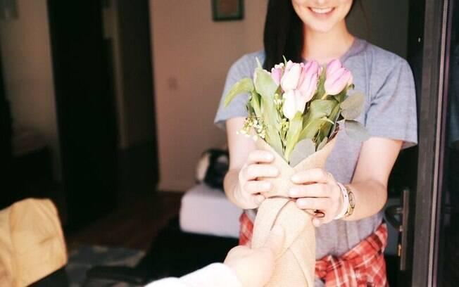 Pedir desculpas pode ser difícil, mas as flores podem ajudar