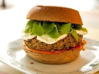 Hambúrguer e mais receitas vegetarianas; clique
