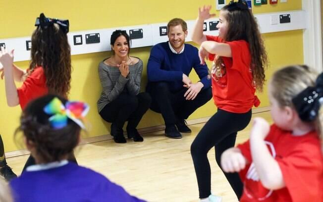 Príncipe Harry e a sua noiva Meghan escolheram o projeto StreetGames, que oferece atividades esportivas para jovens e adolescentes em todo Reino Unido, como um dos projetos para receber doações