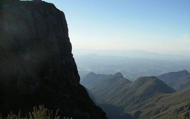 Entre Minas Gerais e Espírito Santo, Pico da Bandeira pode ser considerado um dos pontos mais estruturados do Brasil