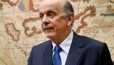 Na Argentina, Serra defende maior liberdade no Mercosul
