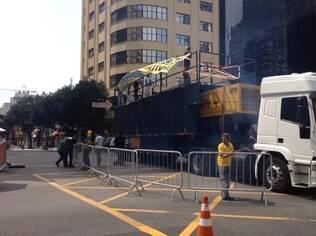 Com diária de R$ 8 mil, caminhão de som foi pago por cerca de 40 integrantes do Revoltados Online