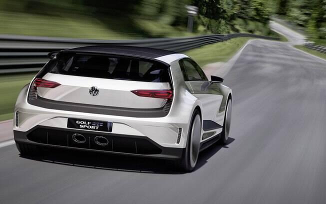 O Golf GTE Sport tem um conjunto híbrido que gera 400 cv e é capaz de ter um rendimento de 50 km/l.