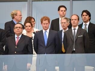 Príncipe Harry acompanha jogo da Inglaterra no Mineirão