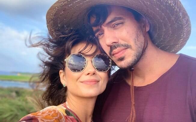 Paula Fernandes celebra aniversário do namorado