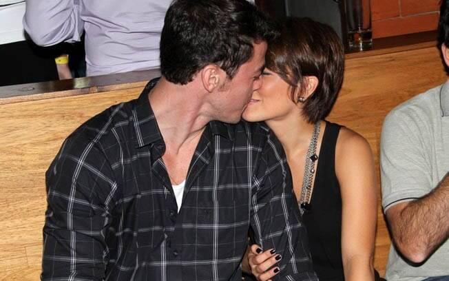 Geovanna Tominaga e o namorado