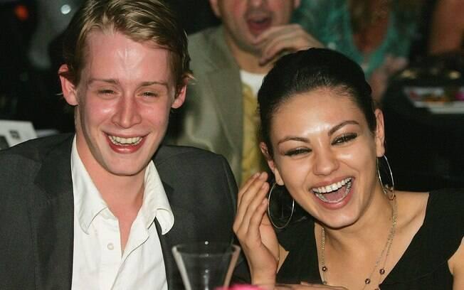 Macaulay Culkin com a ex-namorada Mila Kunis, com quem ficou por 8 anos