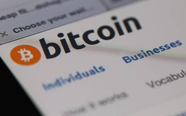 Bitcoin, moeda virtual criada em 2009, é vendida no Brasil com