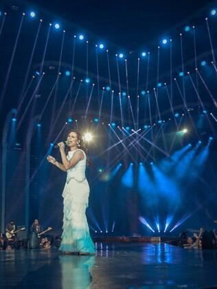 Com seis troféus Grammy, cantora gospel analisa carreira: