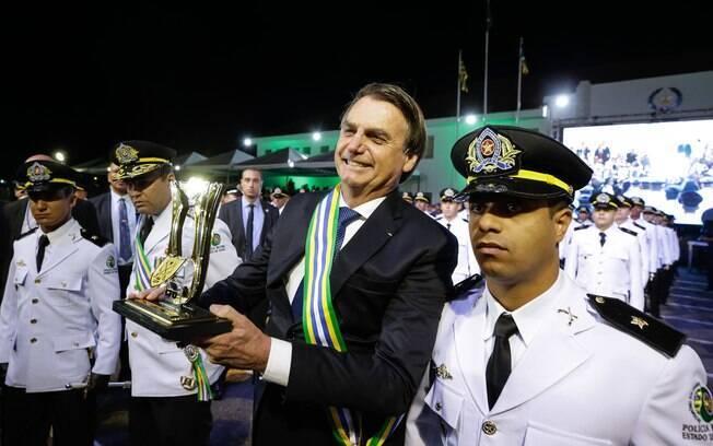 Bolsonaro durante aniversário da PM-GO e formatura da 45ª Turma de Aspirantes