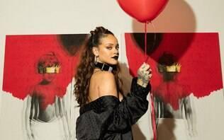 """Rihanna comemora três anos de seu álbum """"ANTI"""" e faz declaração"""