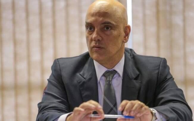 Alexandre de Moraes quebra sigilo bancário de deputados bolsonaristas