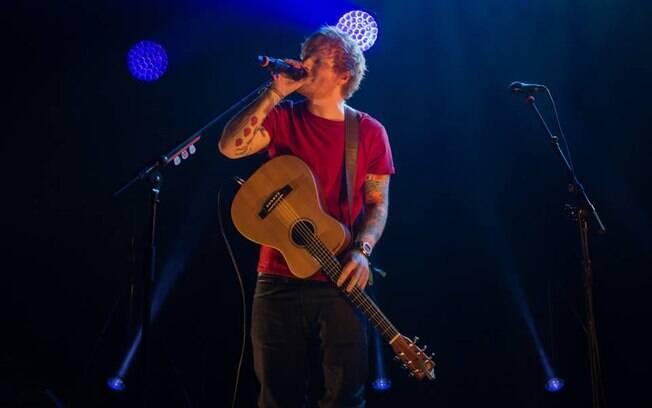 Ed Sheeran se apresentou no Brasil em 2017 e volta em 2019