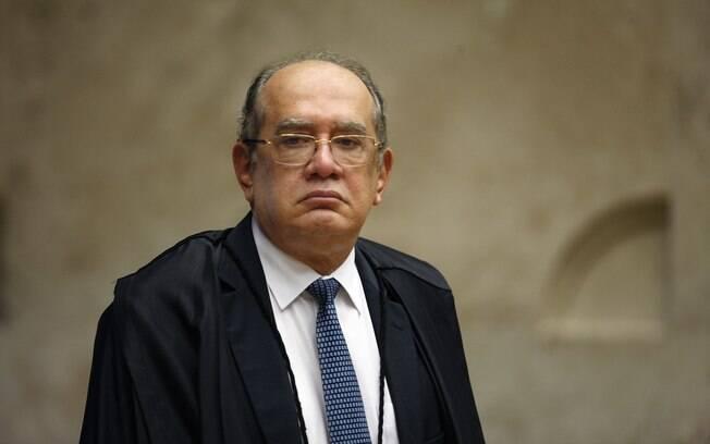 Ministro Gilmar Mendes durante sessão extraordinária do Supremo Tribunal Federal (STF)