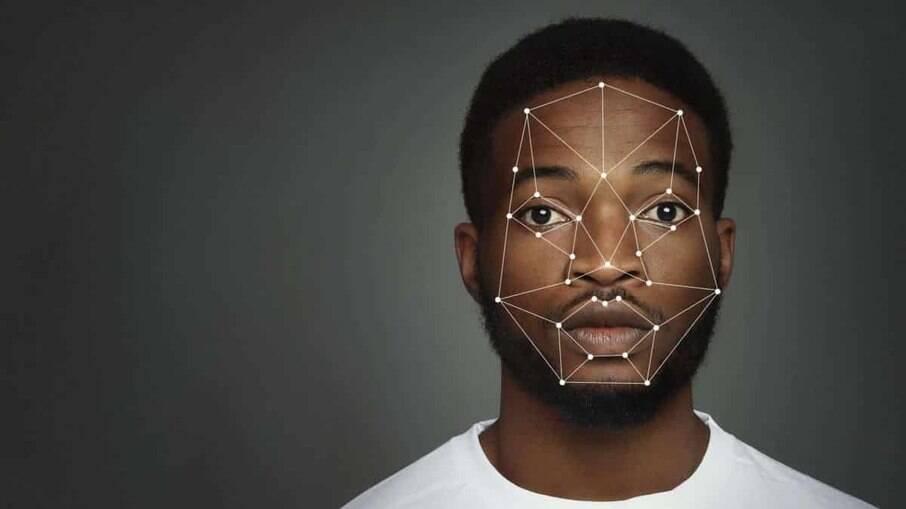 Reconhecimento facial incrimina erroneamente pessoas negras
