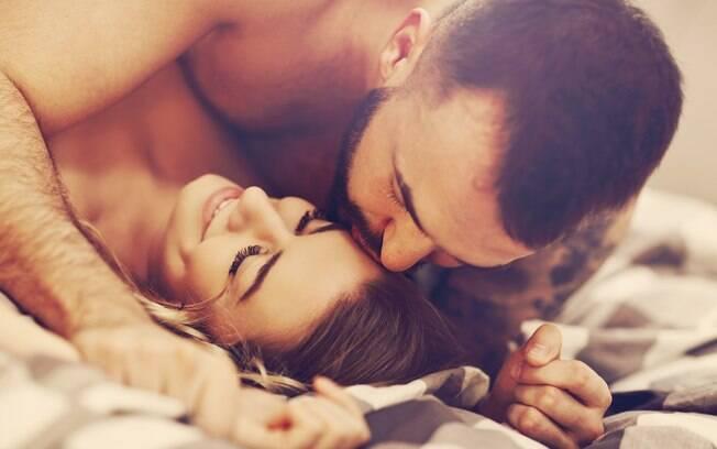 É possível melhorar o desempenho sexual adotando hábitos simples mesmo fora da cama; confira
