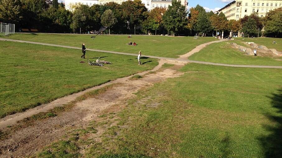 Gorlitzer park, nesse parque acontece o que chamam de