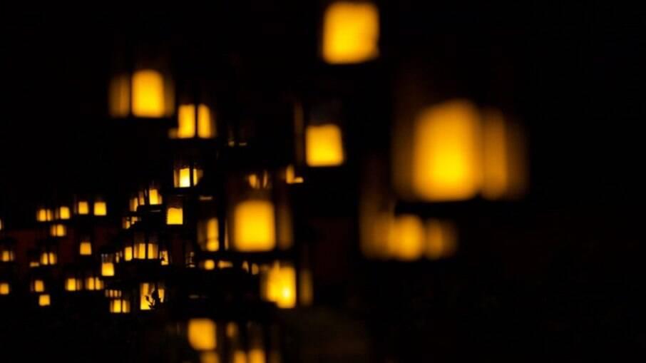 Instalação Luminárias Pela Vida