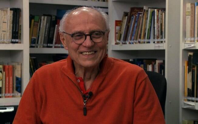 O senador Eduardo Suplicy, que não conseguiu se reeleger, concede entrevista ao iG em sua casa em São Paulo (arquivo)