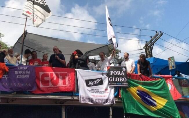 Lula fez um discurso em cima de um caminhão de som por quase uma hora