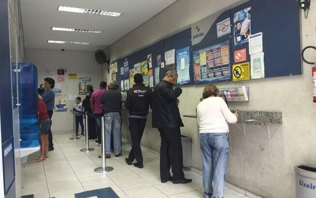 As apostas para a Mega-Sena podem sre feitas nas lotéricas da Caixa