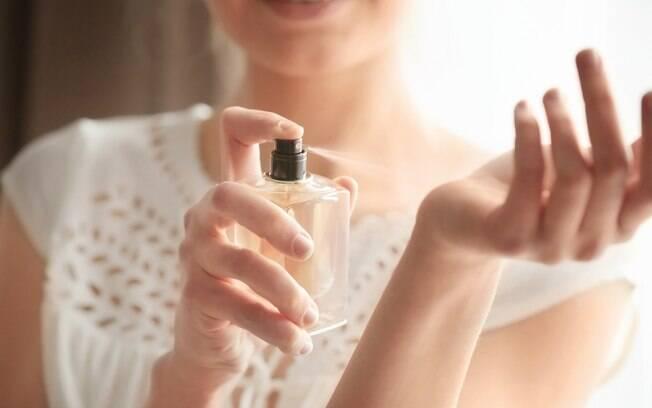Existem diferentes classificações de perfumes e aromas, que são divididos em