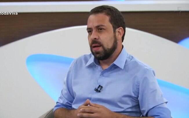 Guilherme Boulos (PSOL) em entrevista ao programa Roda Viva, da TV Cultura