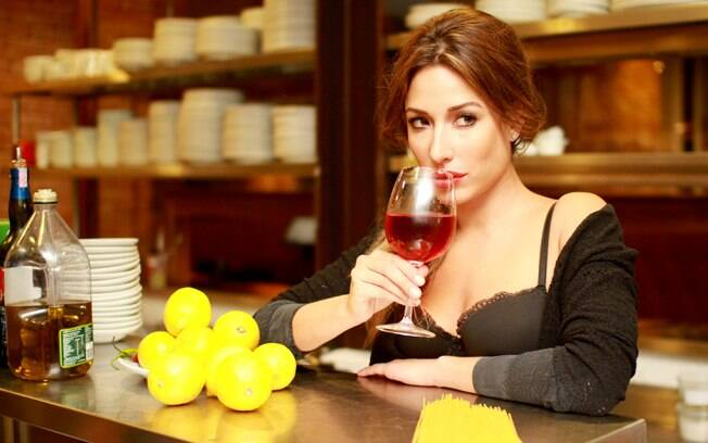 Giselle Itié mostra seu tempero latino em ensaio exclusivo ao iG