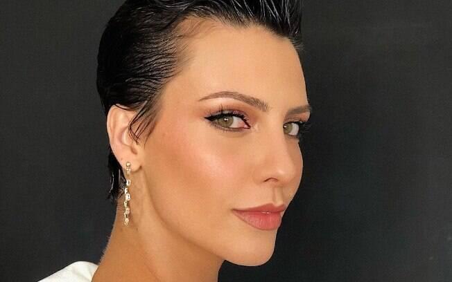 Camila Rodrigues começou sua carreira como atriz em 2005 na Globo, mas desde 2012 emplacou diversos papéis na Record