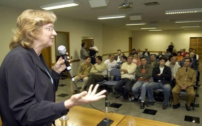 Selma Schons ficou no gabinete 825 na 52ª legislatura da Câmara