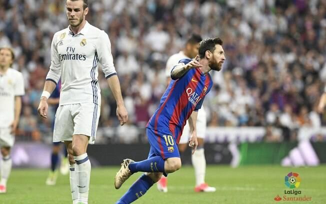 Messi fez um golaço no primeiro tempo contra o Real Madrid; galês Gareth Bale saiu de campo sentindo lesão