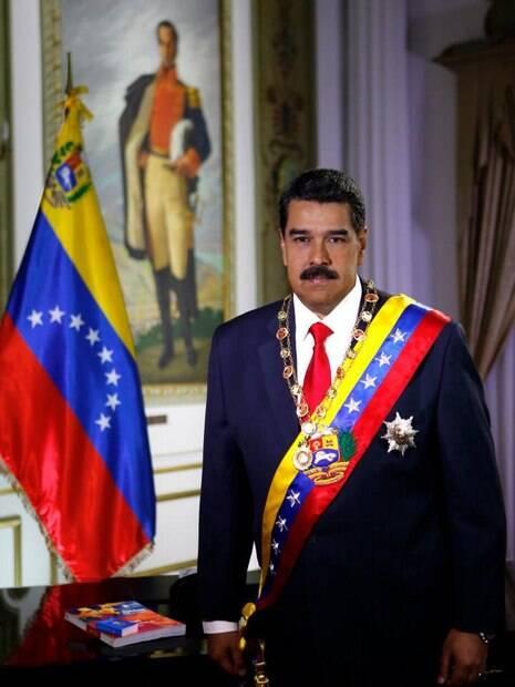 Nicolás Maduro em foto oficial