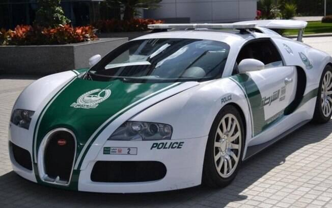 Super Carros da Polícia - Bugatti Veiron