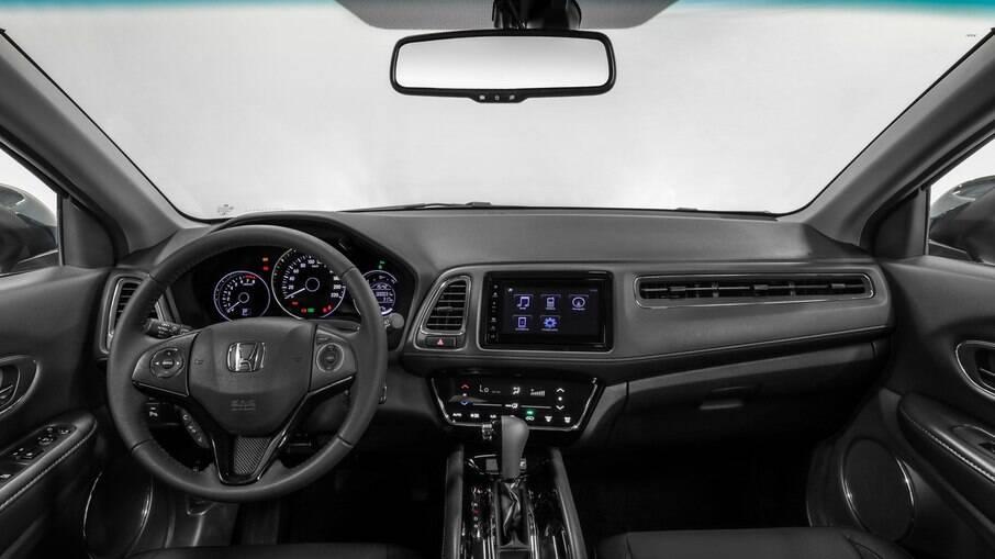 Honda HR-V 2021: versão EX-L só não tem botão de partida, interior claro e teto solar em relação ao Touring