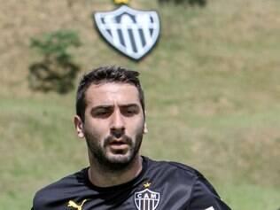 Pratto marcou o primeiro gol do coletiva desta segunda