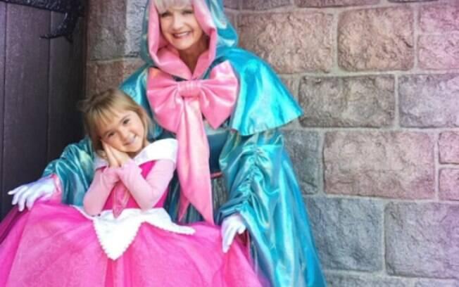 Fanatismo no guarda-roupa: os filhos de Jeniffer e Raul têm mais de 60  fantasias inspiradas nos personagens da Disney