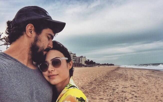 Declarações de amor dos famosos! Casal Renato Góes e Thaila Ayala