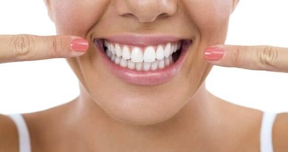 Conheça 10 maneiras de cuidar da sua saúde bucal e evitar doenças cardíacas