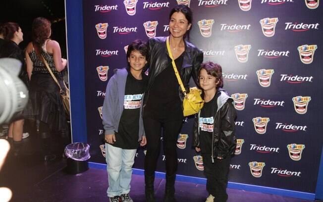 Ana Lima e os filhos, Tom e Davi